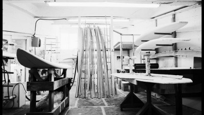 A visit inside one of the best custom windsurf wave board factory of Maui